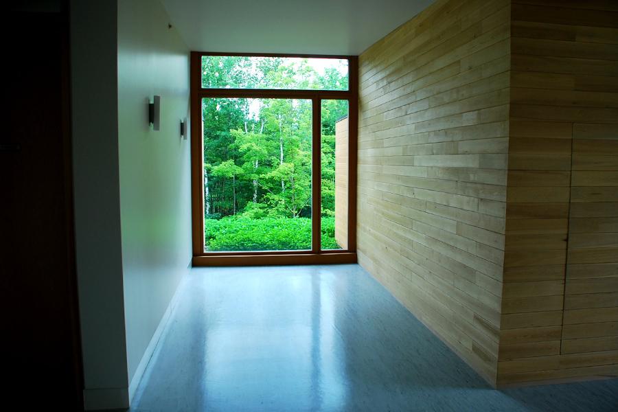 toits verts abbaye val notre dame les toits vertige. Black Bedroom Furniture Sets. Home Design Ideas
