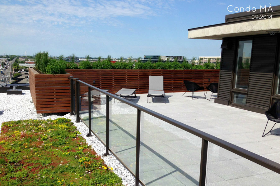 habiller une terrasse polyhouse m de dalles de verre pour habiller luensemble de la terrasse. Black Bedroom Furniture Sets. Home Design Ideas